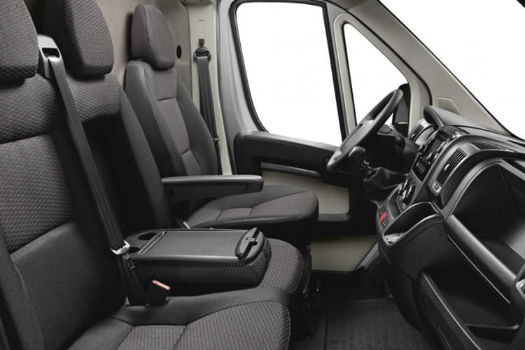 Peugeot Boxer 335 L3 2.2 BlueHDi FWD 140PS Professional Van High Roof Manual [Start Stop] inside view